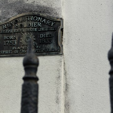 Revolutionary soldier's tomb at St. Louis Cemetery. Photo by Dawn Vivenzio.