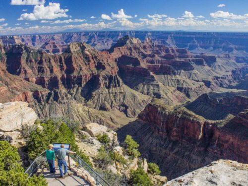 Bright Angel Point - Just a few meters from the Grand Canyon Lodge, Bright Angel Point offers panoramic views of the Grand Canyon.